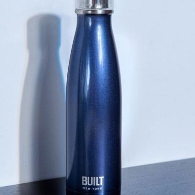Built NY garrafa térmica midnight blue