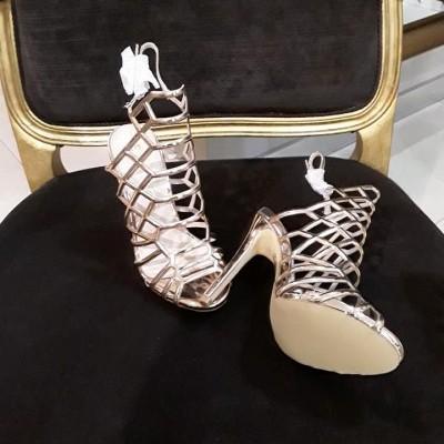Sandália de tacão com tiras Sahoco