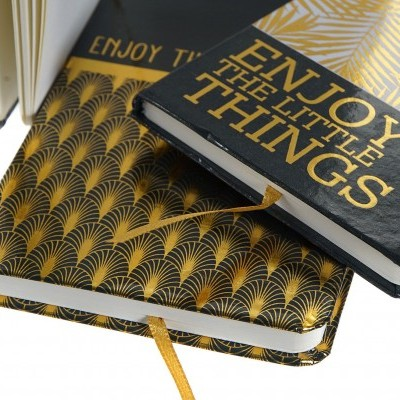"Cadernos ""Little things"" (3 MODELOS DISPONÍVEIS)"