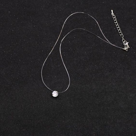 Pingente / pendente de cristal com fio de nylon
