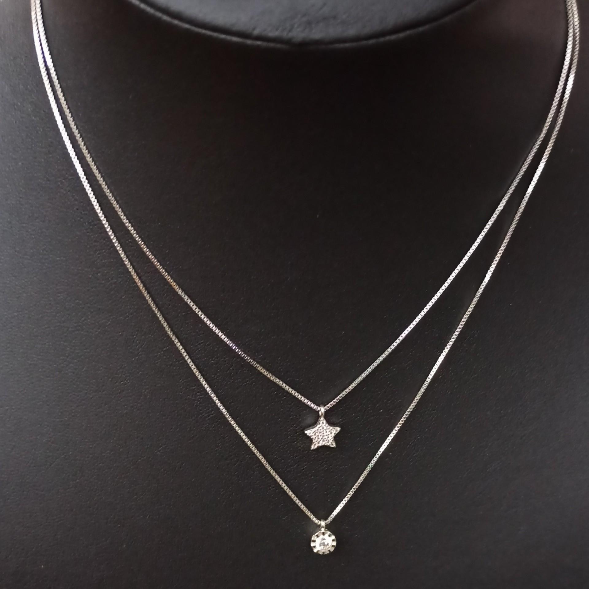 Fio duplo de prata 925 com dois pendentes, estrela + pedra zircão