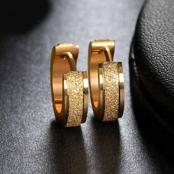 Brincos / argolas de aço inoxidável cor ouro