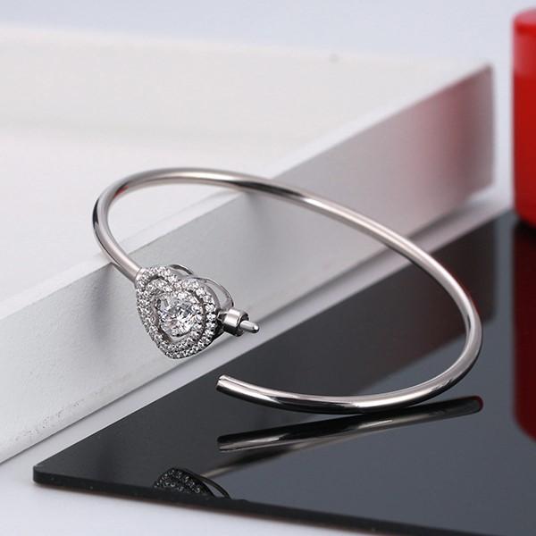 Pulseira de prata 925 com pedras zircão (coração)