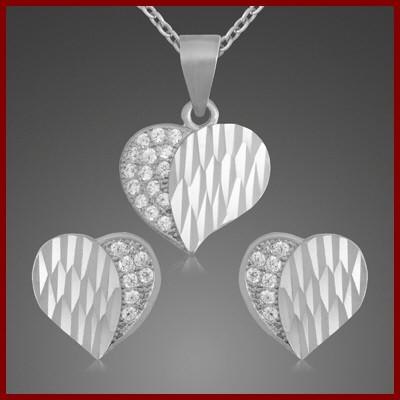 Conj. brincos e pendente prata 925 com pedras zircão (coração)