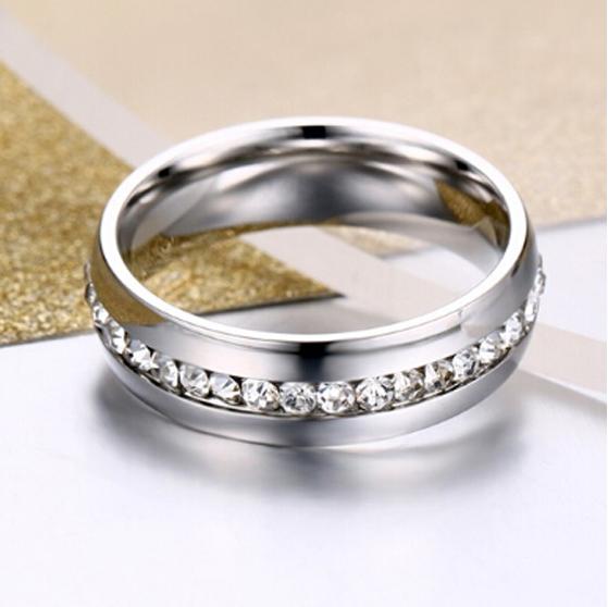 Anel / aliança de aço inoxidável cor prata com cristais