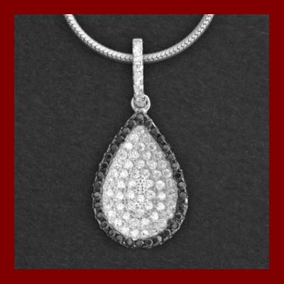 Pendente / Pingente de prata 925 com pedras zircão brancas e pretas