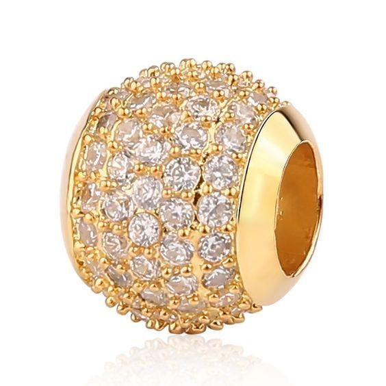 Conta de cor ouro com cristais brancos compatível com pandora (pavé brilhante)
