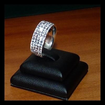 Aliança / anel de prata 925 c/ cristais PRECIOSA (8mm)