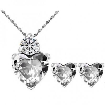 Conjunto brincos e pendente banhado a prata com cristais (coração)
