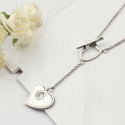 Colar pingente / pendente de aço inoxidável (coração + pedra nacar)