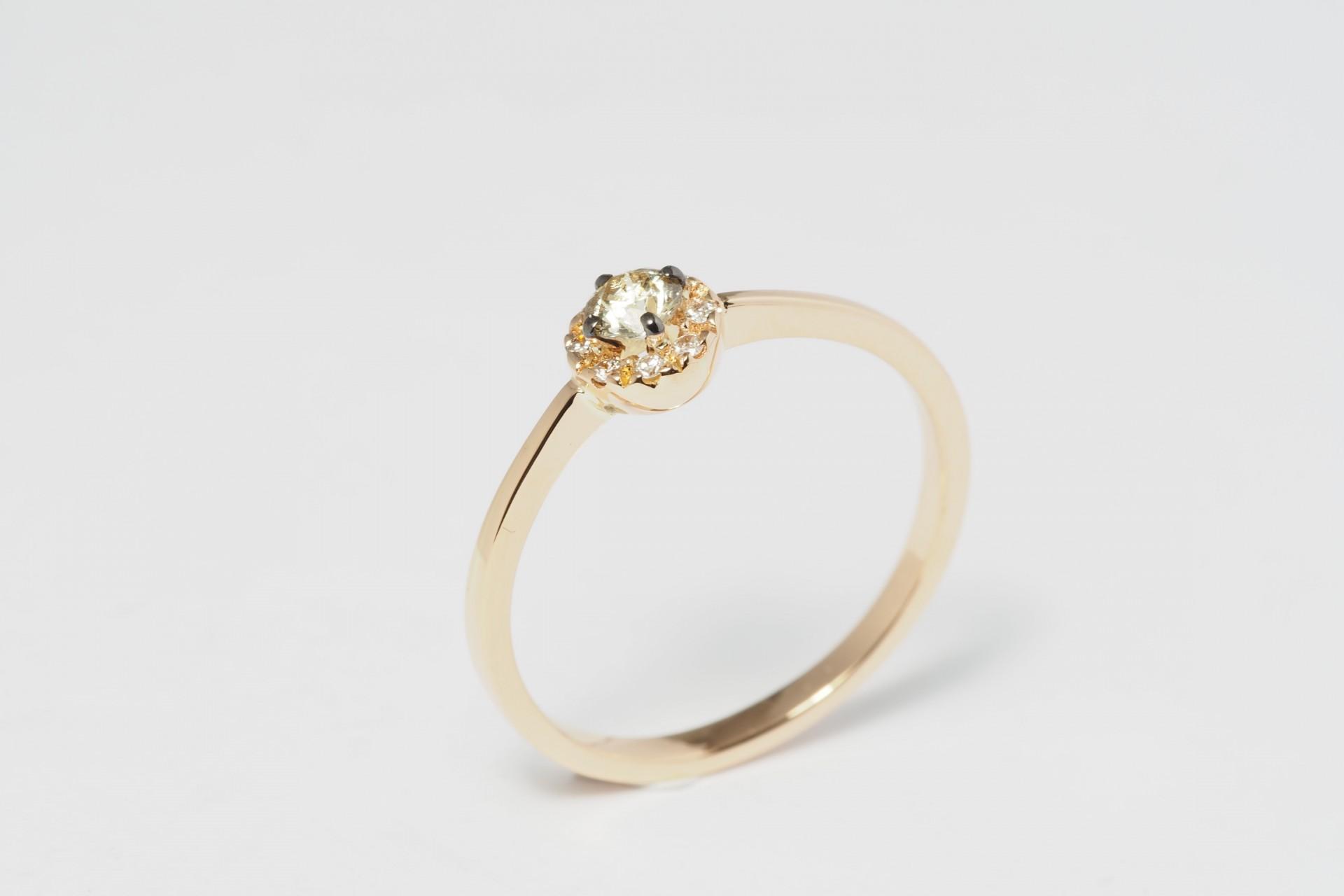 Anel Ouro 19,2 kl e Diamantes