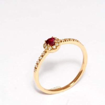 Anel em Ouro  19,2K com Diamantes e Rubi