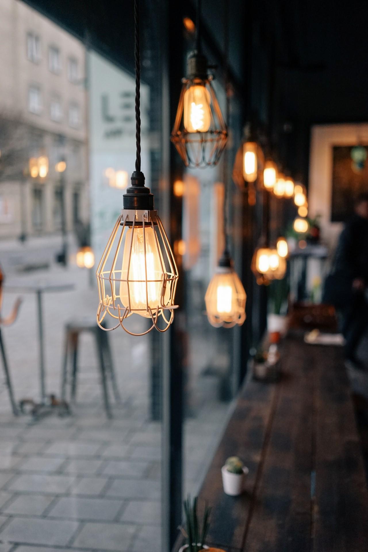 Modern Industrial Light 💡