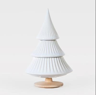 Pinheiro grande branco - A Árvore e o seu zingamocho
