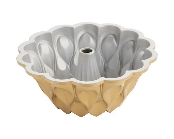 Forma Crown Bundt Pan