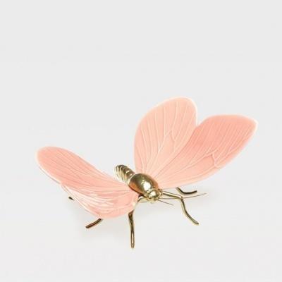 Borboleta Rosa com corpo em latão natural - Esperança na vida das Borboletas