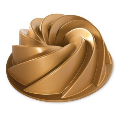 Forma Gold Heritage Bundt Pan