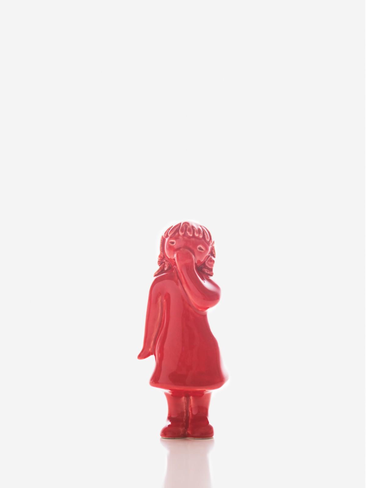 "Figura ""Beijinho Menina a Receber"" vermelha Rosa Malva"