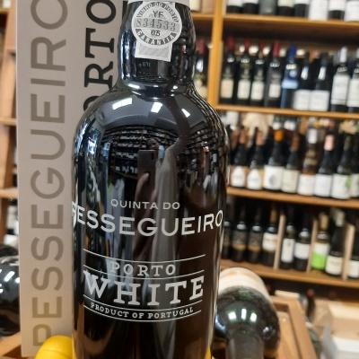 Vinho do Porto Quinta do Pessegueiro white 75cl