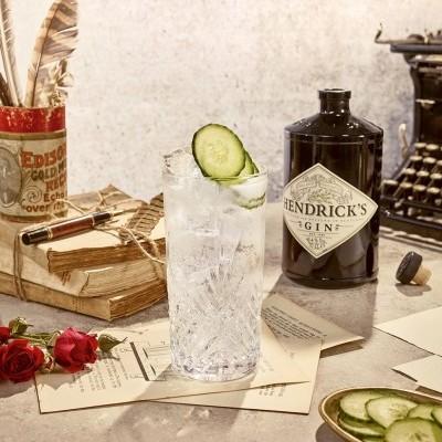 Gin Hendrick`s