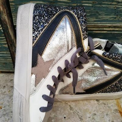 Ténis bota glitter preto com prateado e estrela cinza