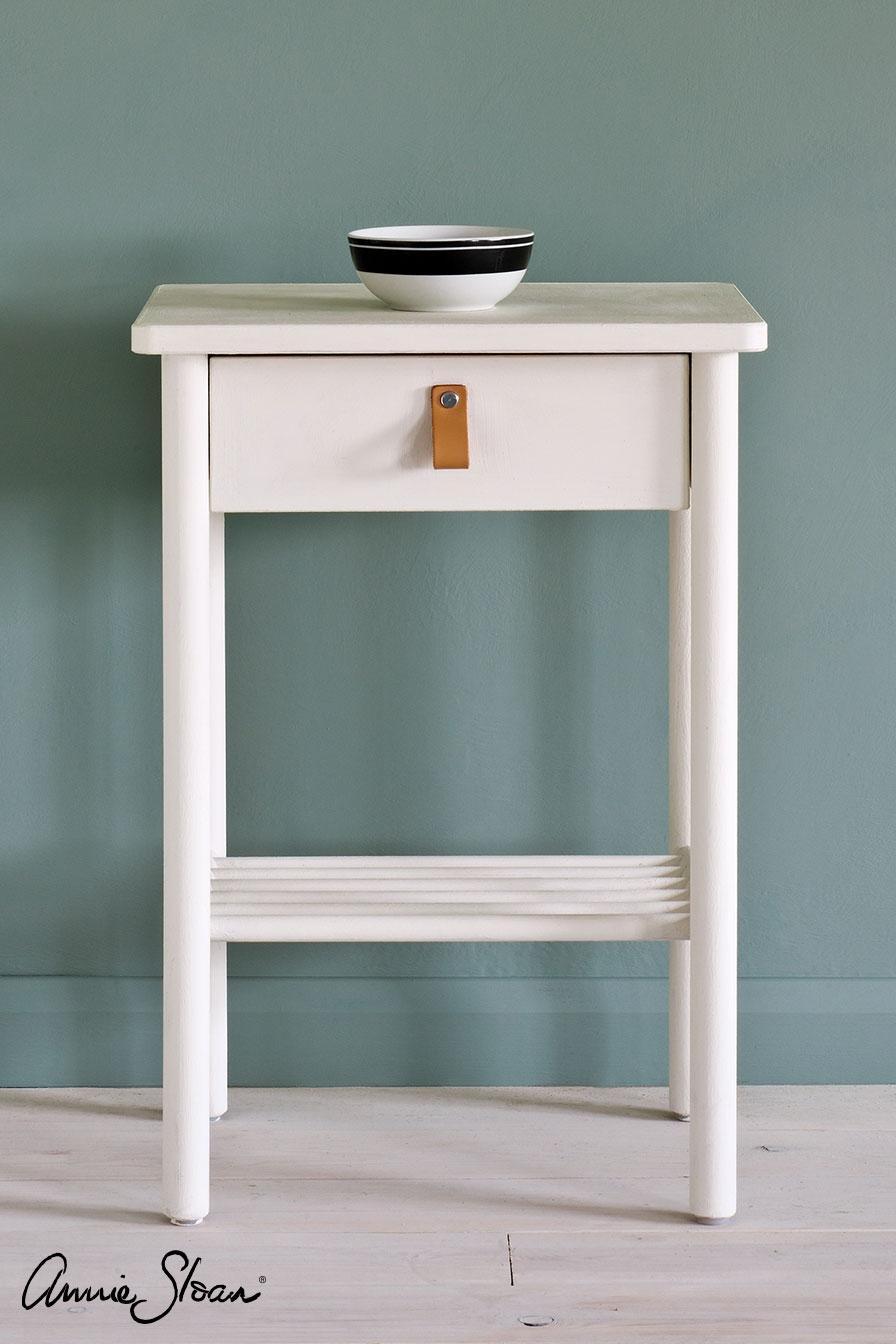Annie Sloan Chalk Paint® Old White