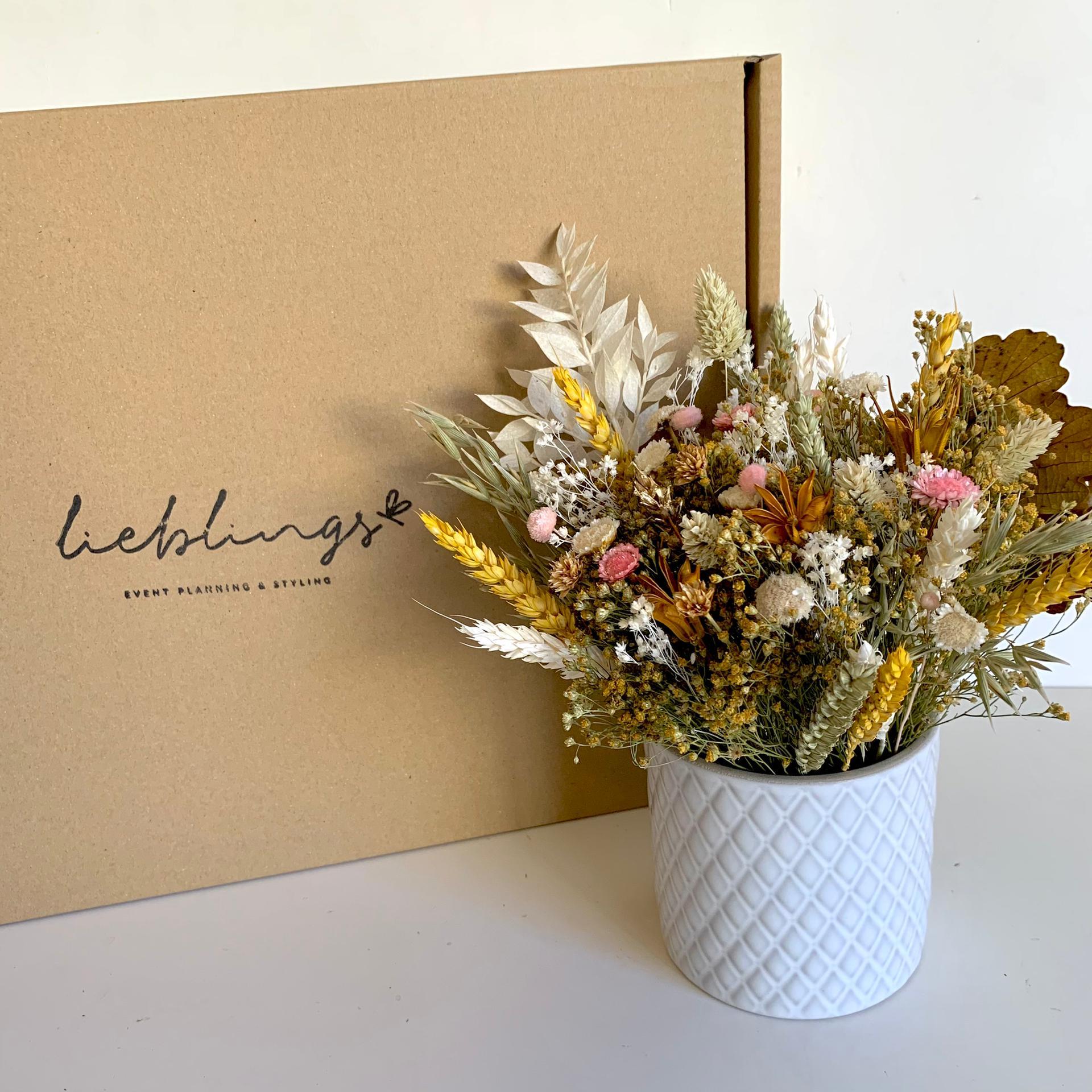 WORKSHOP Arranjo Floral com Flores Secas e Preservadas com a LIEBLINGS