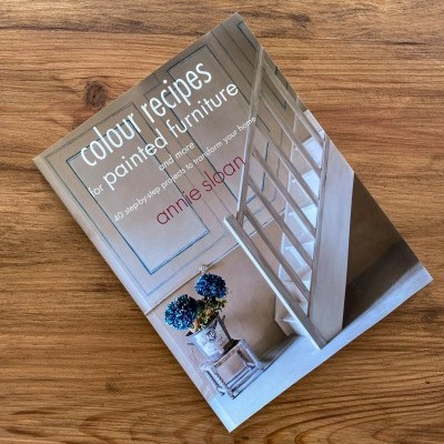 """Colour Recipes for Painted Furniture and More"" de Annie Sloan"