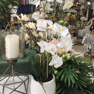 Orquídea artificial branca vaso