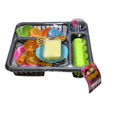 Escorredor com utensílios de cozinh