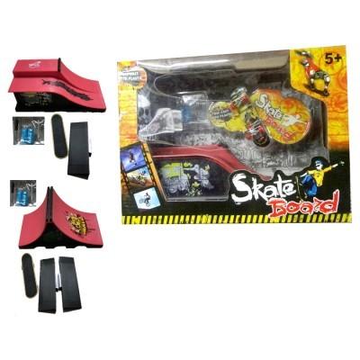 Cx. com Rampa e Mini Skate Sort.