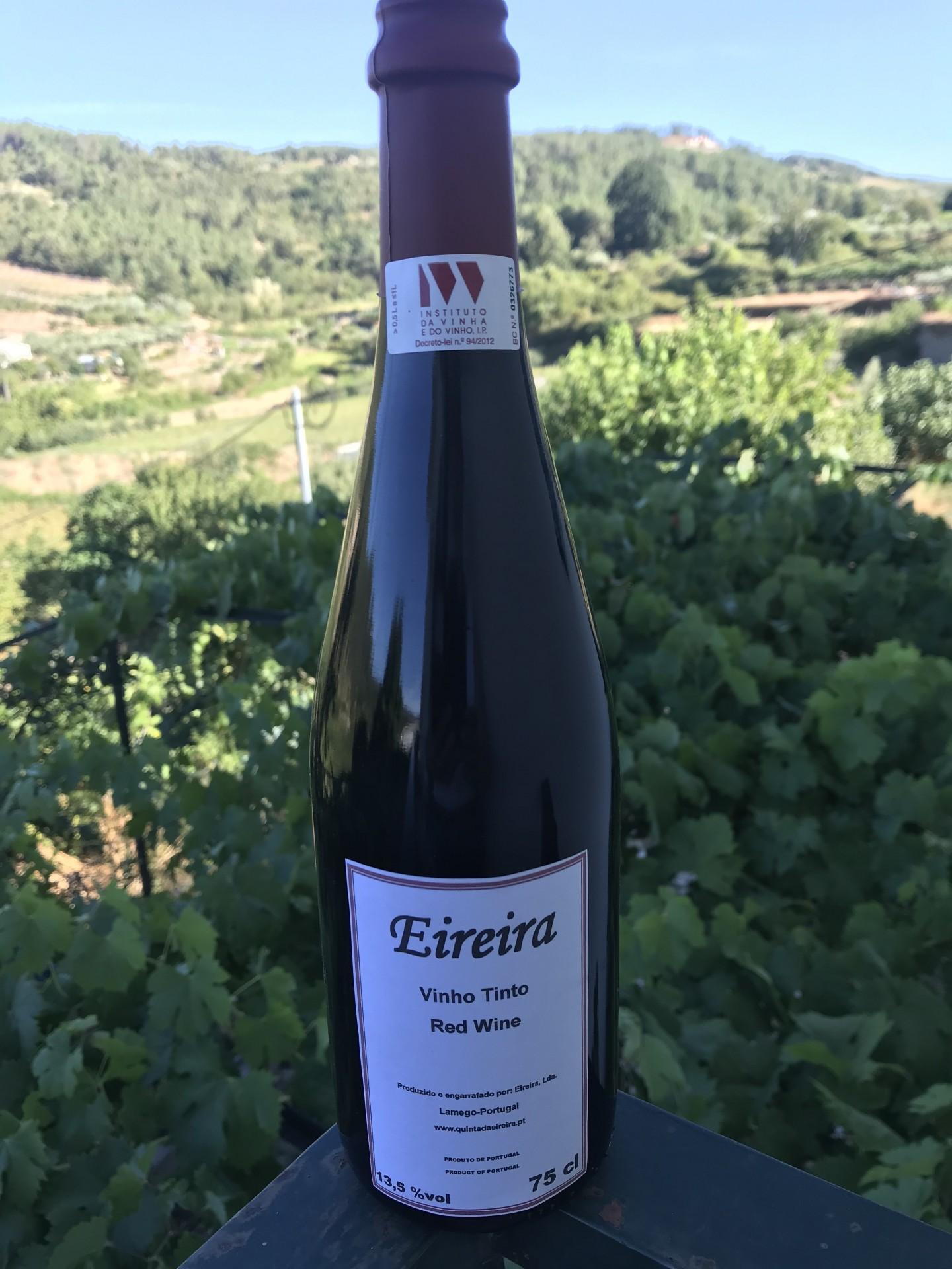Vinho Tinto Quinta da Eireira