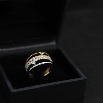 Anel Ouro Bicolor com Pedras